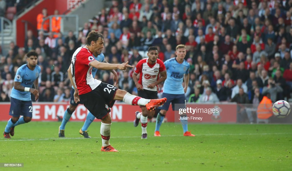 Manolo Gabbiadini of Southampton scores their second goal from the penalty spot during the Premier League match between Southampton and Newcastle United at St Mary's Stadium on October 15, 2017 in Southampton, England.