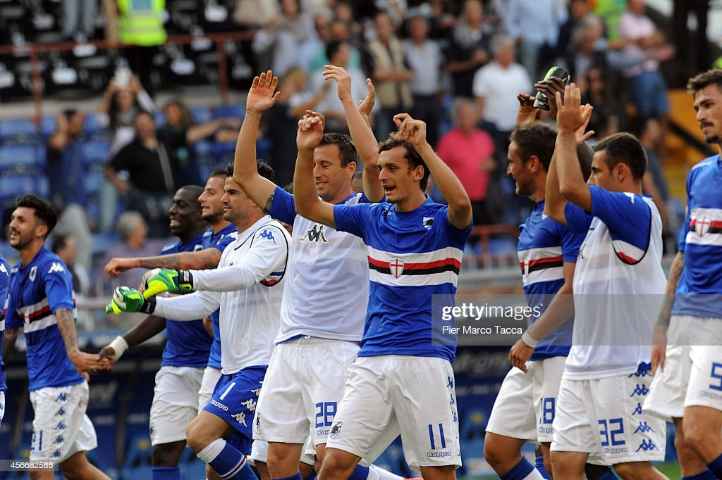 Manolo Gabbiadini of UC Sampdoria celebrates the the victory with his team playerat the end of the Serie A match between UC Sampdoria and Atalanta BC...