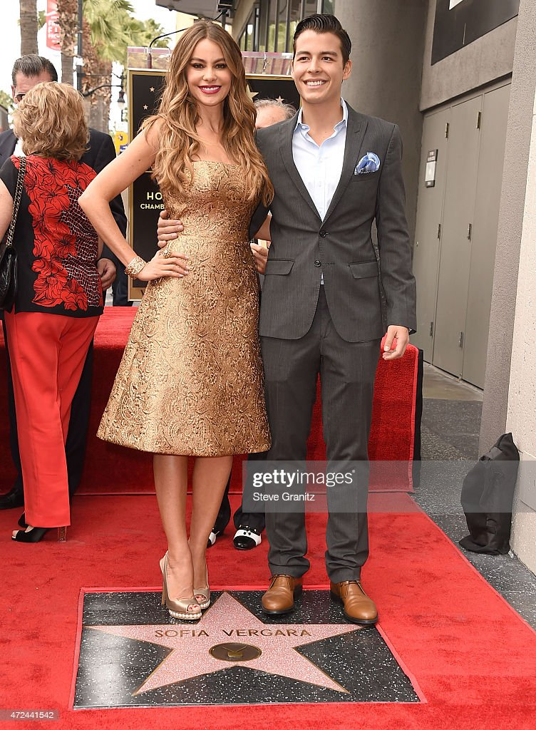 Manolo GonzalezRipoll Vergara and Sofia Vergara Honored With Star On The Hollywood Walk Of Fame on May 7 2015 in Hollywood California