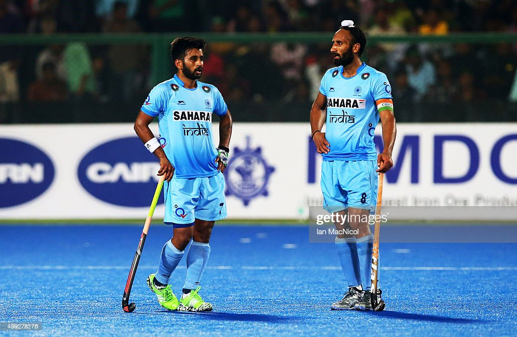 <a gi-track='captionPersonalityLinkClicked' href=/galleries/search?phrase=Manpreet+Singh+-+Field+Hockey+Player&family=editorial&specificpeople=16029378 ng-click='$event.stopPropagation()'>Manpreet Singh</a> of India and Sardar Singh captain of India look dejected after defeat during the match between Netherlands and India on day four of The Hero Hockey League World Final at the Sardar Vallabh Bhai Patel International Hockey Stadium on November 30, 2015 in Raipur, India.
