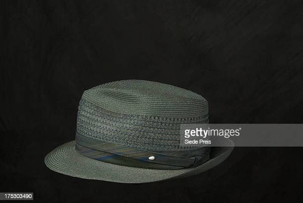 Man's straw fedora hat