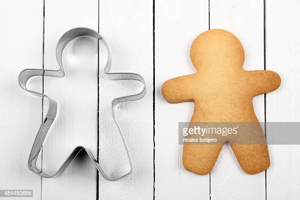 man-shaped cookie and cookie cutter