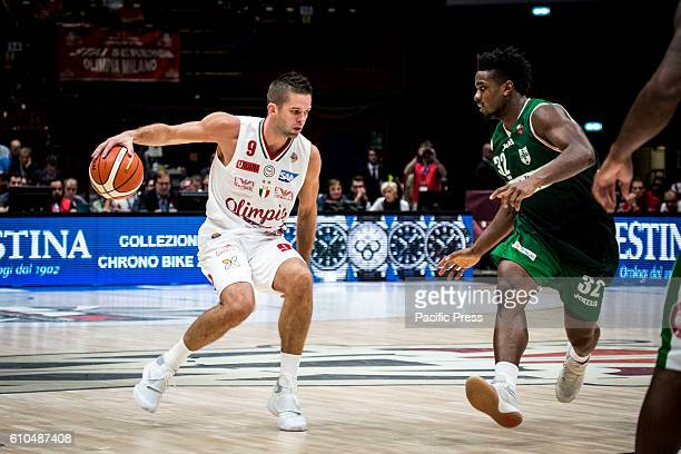 Mantas Kalnietis drives to the basket during the final of Macron Supercoppa 2016 basketball match between Sidigas Avellino vs EA7 Emporio Armani...