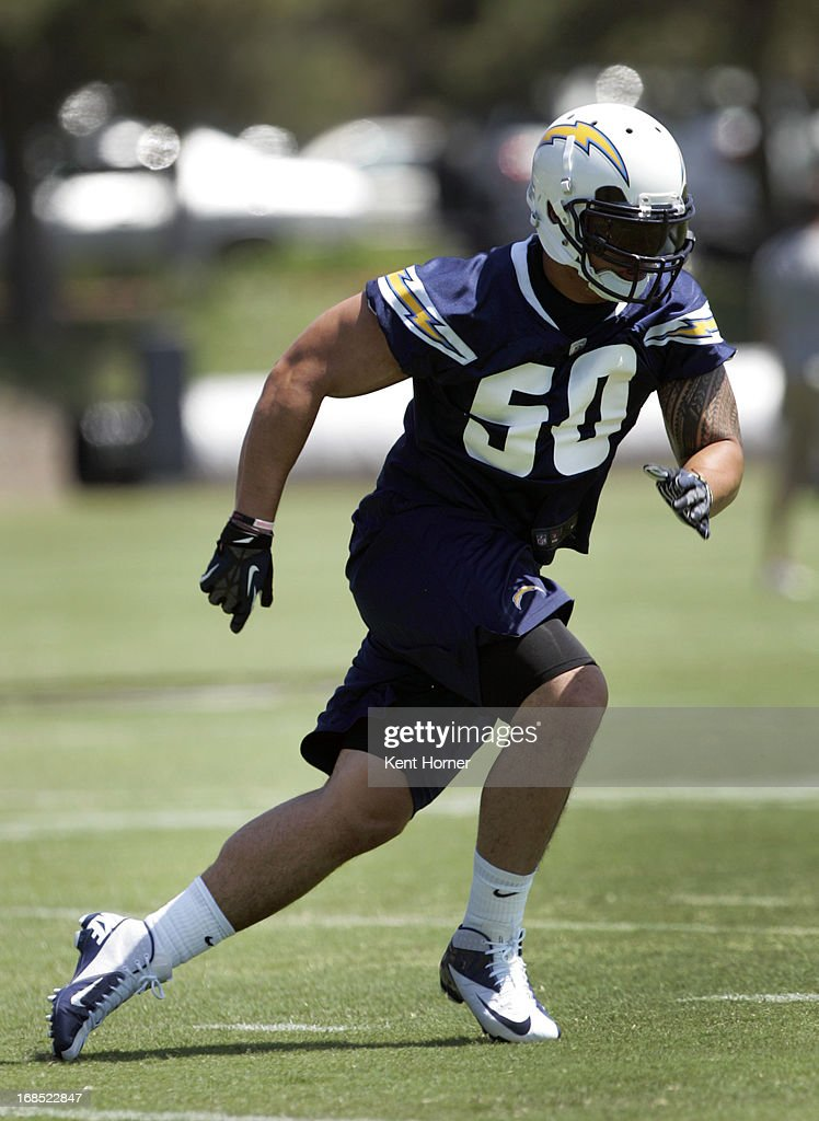 <a gi-track='captionPersonalityLinkClicked' href=/galleries/search?phrase=Manti+Te%27o&family=editorial&specificpeople=5654571 ng-click='$event.stopPropagation()'>Manti Te'o</a> #50 of the San Diego Chargers runs through drills during Rookie Camp at the team's practice facility on May 10, 2013 in San Diego, California.