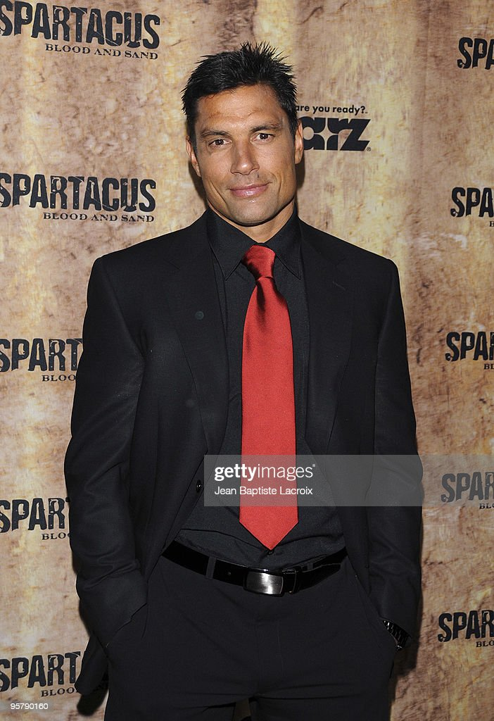Manu Bennett arrives at the Starz original TV series 'Spartacus: Blood and Sand' at Billy Wilder Theater on January 14, 2010 in Westwood Village, California.
