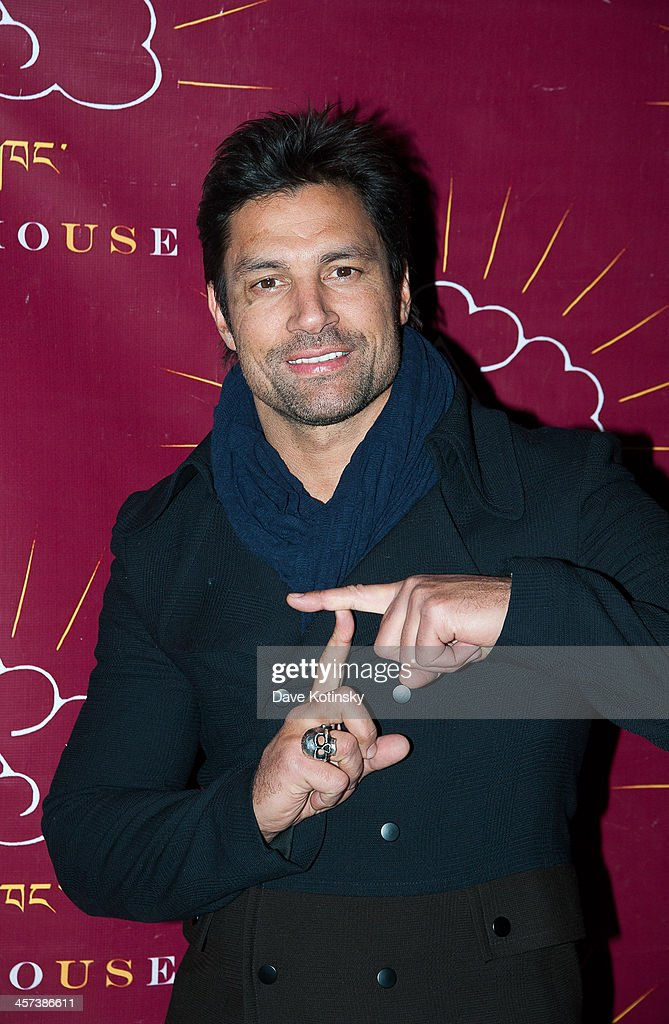 <a gi-track='captionPersonalityLinkClicked' href=/galleries/search?phrase=Manu+Bennett&family=editorial&specificpeople=2223445 ng-click='$event.stopPropagation()'>Manu Bennett</a> attends the 11th annual Tibet House US Benefit Auction at Christie's Auction House on December 16, 2013 in New York City.