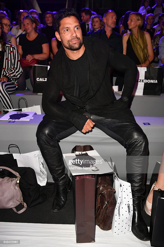 <a gi-track='captionPersonalityLinkClicked' href=/galleries/search?phrase=Manu+Bennett&family=editorial&specificpeople=2223445 ng-click='$event.stopPropagation()'>Manu Bennett</a> attends the Odeur show during the Mercedes-Benz Fashion Week Berlin Spring/Summer 2017 at Erika Hess Eisstadion on June 28, 2016 in Berlin, Germany.