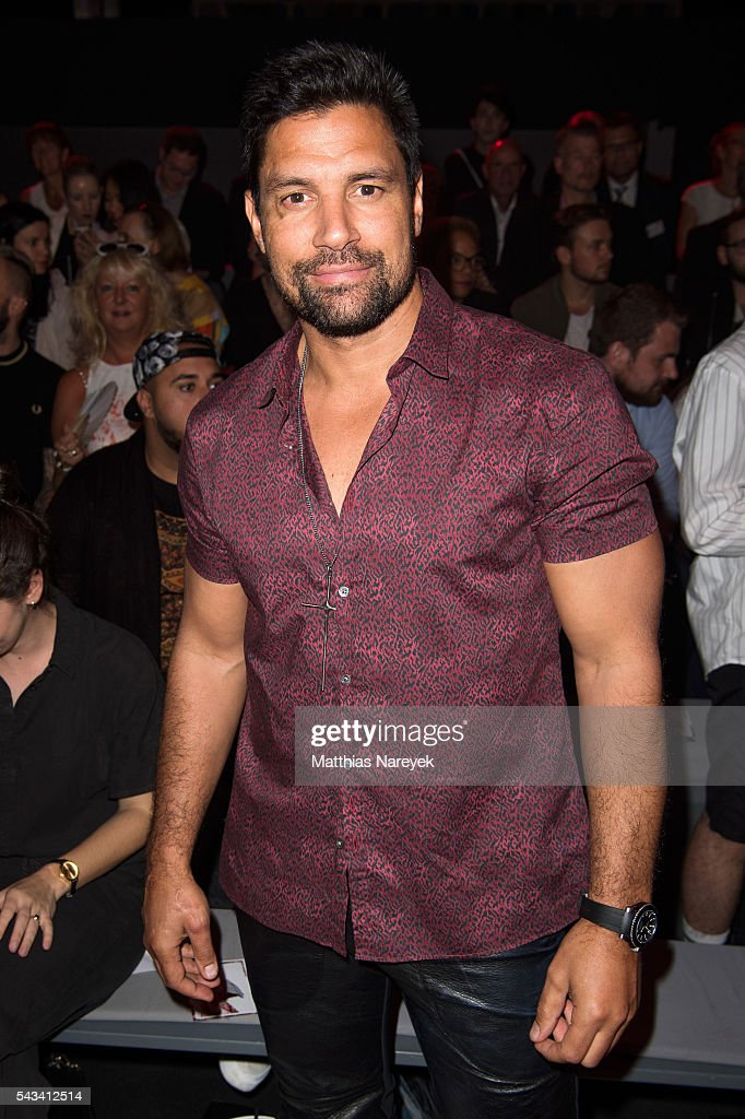 <a gi-track='captionPersonalityLinkClicked' href=/galleries/search?phrase=Manu+Bennett&family=editorial&specificpeople=2223445 ng-click='$event.stopPropagation()'>Manu Bennett</a> attends the Thomas Hanisch show during the Mercedes-Benz Fashion Week Berlin Spring/Summer 2017 at Erika Hess Eisstadion on June 28, 2016 in Berlin, Germany.