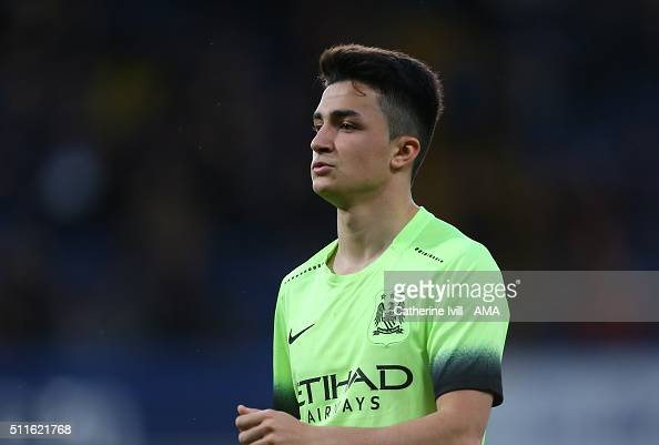 http://media.gettyimages.com/photos/manu-garcia-of-manchester-city-during-the-emirates-fa-cup-match-and-picture-id511621768?s=594x594