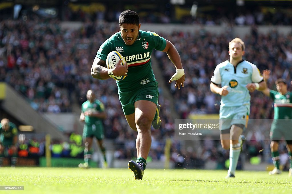 Manu Tuilagi of Leicester breaks away to score his team's third try during the Aviva Premiership Final between Leicester Tigers and Northampton...