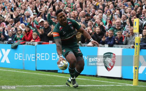Manu Tuilagi of Leicester breaks clear to score the first try during the Aviva Premiership match between Leicester Tigers and Bath Rugby at Welford...