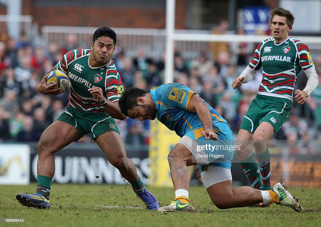 <a gi-track='captionPersonalityLinkClicked' href=/galleries/search?phrase=Manu+Tuilagi&family=editorial&specificpeople=5493832 ng-click='$event.stopPropagation()'>Manu Tuilagi</a> of Leicester takes on Billy Vunipola during the Aviva Premiership match between Leicester Tigers and London Wasps at Welford Road on April 14, 2013 in Leicester, England.