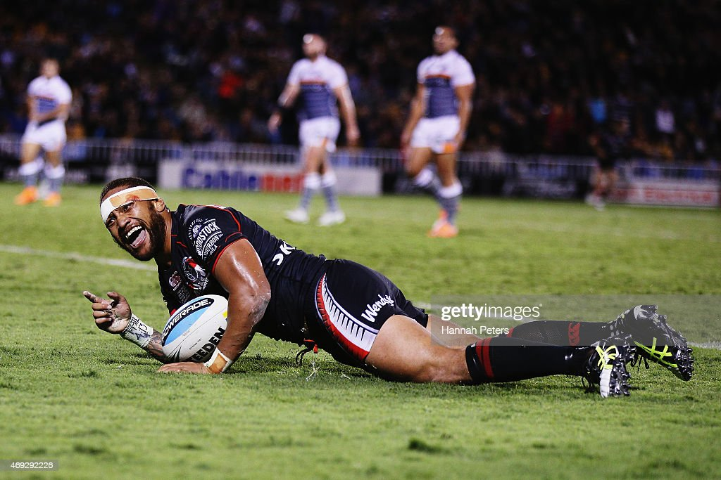 Manu Vatuvei of the Warriors celebrates after scoring a try during the round six NRL match between the New Zealand Warriors and the Wests Tigers at Mt Smart Stadium on April 11, 2015 in Auckland, New Zealand.