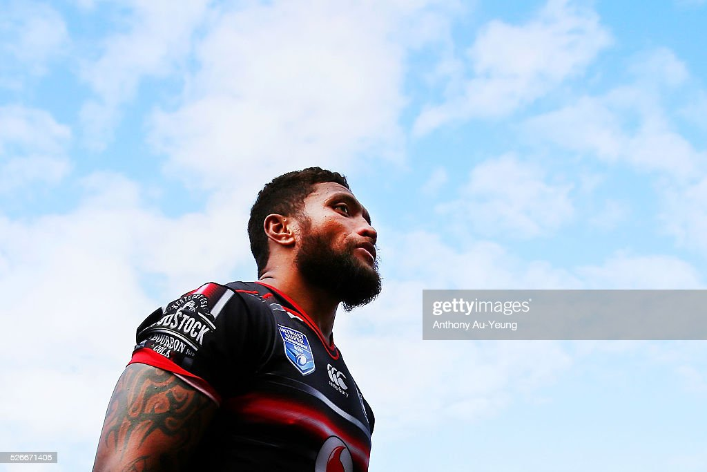 <a gi-track='captionPersonalityLinkClicked' href=/galleries/search?phrase=Manu+Vatuvei&family=editorial&specificpeople=540239 ng-click='$event.stopPropagation()'>Manu Vatuvei</a> of the Warriors looks on after the round nine NSW Intrust Super Cup Premiership match between the New Zealand Warriors and the Canterbury Bankstown Bulldogs at Mt Smart Stadium on May 1, 2016 in Auckland, New Zealand.