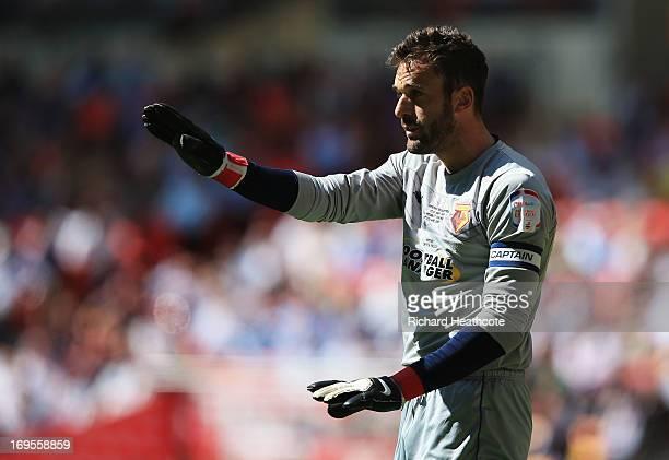 Manuel Almunia of Watford signals during the npower Championship Playoff Final match between Watford and Crystal Palace at Wembley Stadium on May 27...