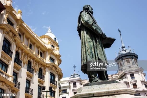 Manuel Alonso MartÕnez statue outside Innside Madrid Genova