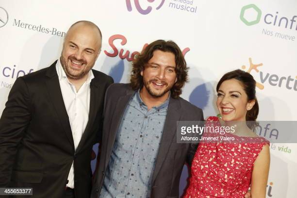 Manuel Carrasco and Mar Amate attend the 'Pie Derecho' Music Awards 2013 at Callao cinema on December 12 2013 in Madrid Spain
