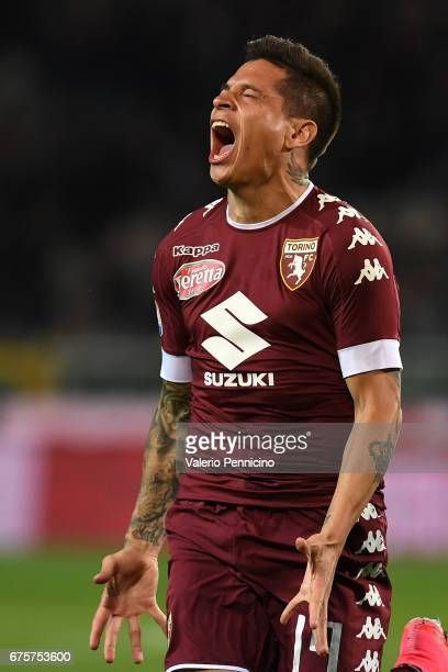 Manuel Iturbe of FC Torino celebrates a goal during the Serie A match between FC Torino and UC Sampdoria at Stadio Olimpico di Torino on April 29...