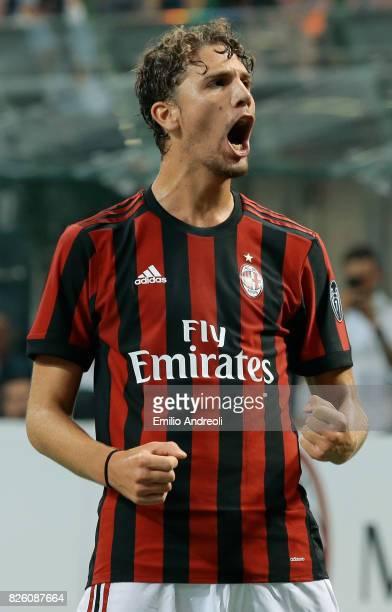 Manuel Locatelli of AC Milan celebrates after his teammate Giacomo Bonaventura scored during the UEFA Europa League Third Qualifying Round Second Leg...