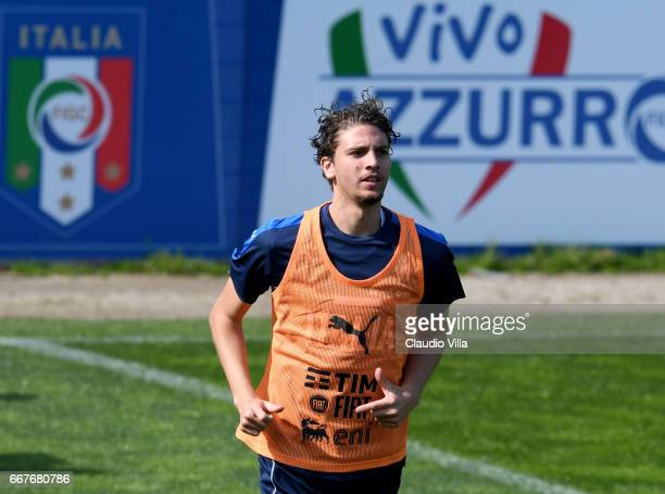 Manuel Locatelli of Italy in action during the training session at the club's training ground at Coverciano on April 12 2017 in Florence Italy