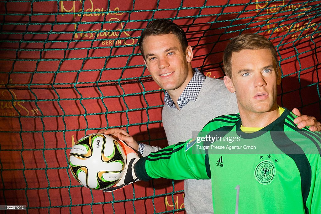 <a gi-track='captionPersonalityLinkClicked' href=/galleries/search?phrase=Manuel+Neuer&family=editorial&specificpeople=764621 ng-click='$event.stopPropagation()'>Manuel Neuer</a> attends the exhibition of his wax figure at Madame Tussauds on January 26, 2015 in Berlin, Germany.