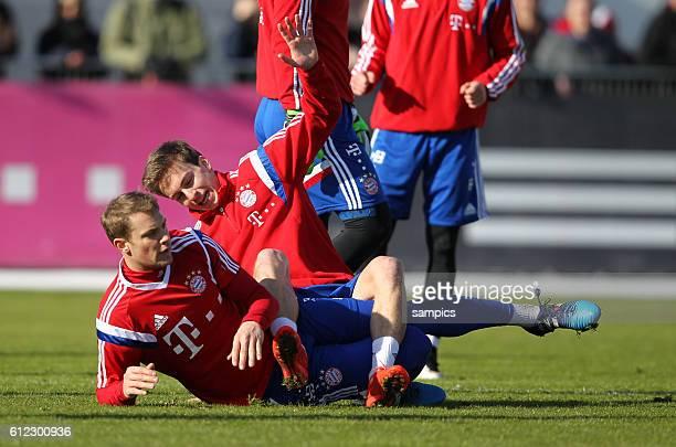 Manuel Neuer Bayern München Gianluca Gaudino FC Bayern München Muenchen Fussball Training des FC Bayern München zur Bundesliga Saison 2014 / 2015...