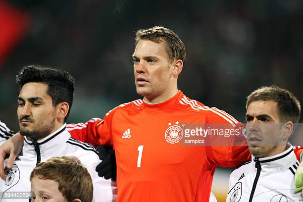 Manuel Neuer Bayern München und Phlipp Lahm Deutschland Germany Fussball WM Qualifikation Länderspiel Deutschland Kasachstan 41 Football Qualifaktion...