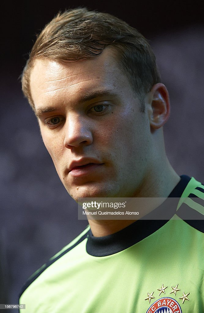 Manuel Neuer of Bayern Muenchen looks on before the UEFA Champions League group F match between Valencia CF and FC Bayern Muenchen at Estadio Mestalla on November 20, 2012 in Valencia, Spain.