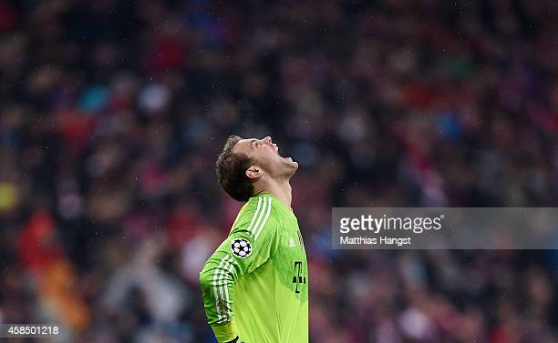 Manuel Neuer of Bayern Muenchen reacts during the UEFA Champions League Group E match between FC Bayern Munchen and AS Roma at Allianz Arena on...