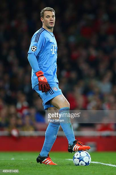 Manuel Neuer of Bayern Munich looks on during the UEFA Champions League Group F match between Arsenal FC and FC Bayern Munchen at Emirates Stadium on...