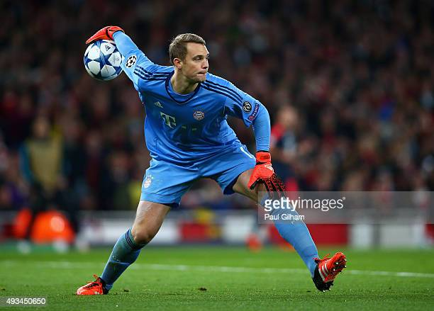 Manuel Neuer of Bayern Munich throws the ball out during the UEFA Champions League Group F match between Arsenal FC and FC Bayern Munchen at Emirates...
