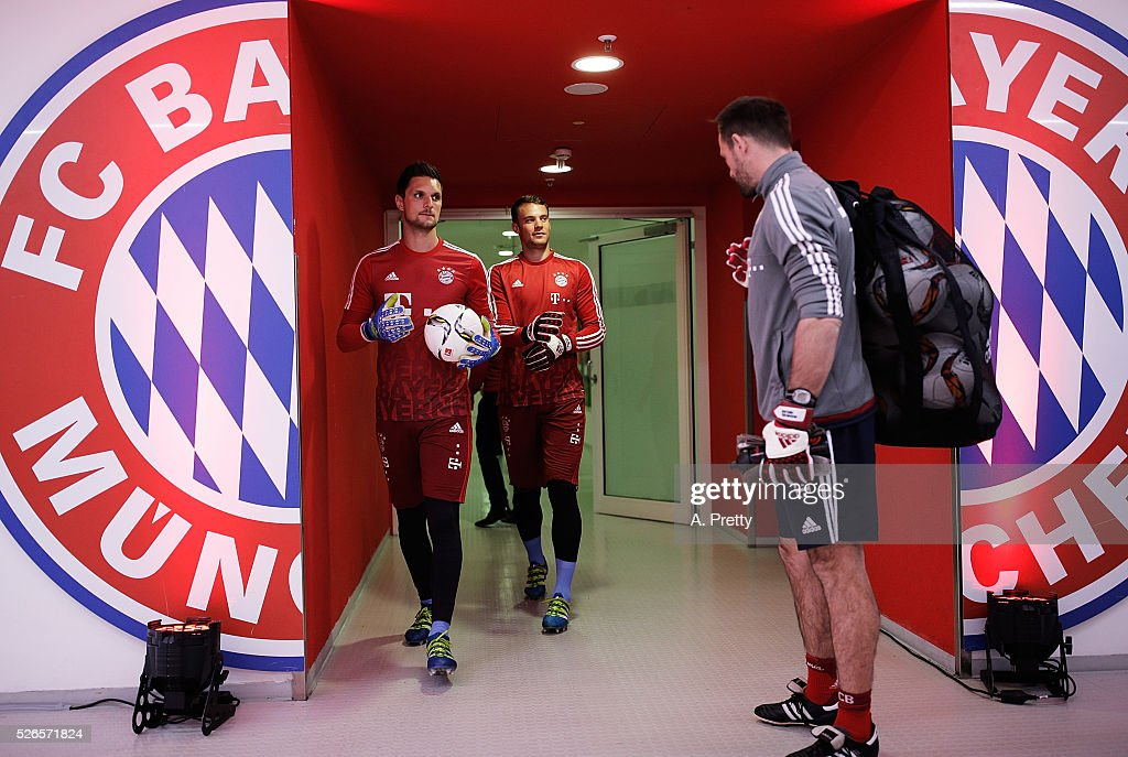 Manuel Neuer of Bayern Munich walks out of the changing rooms before the Bundesliga match between FC Bayern Muenchen and Borussia Moenchengladbach on April 30, 2016 in Munich, Bavaria.