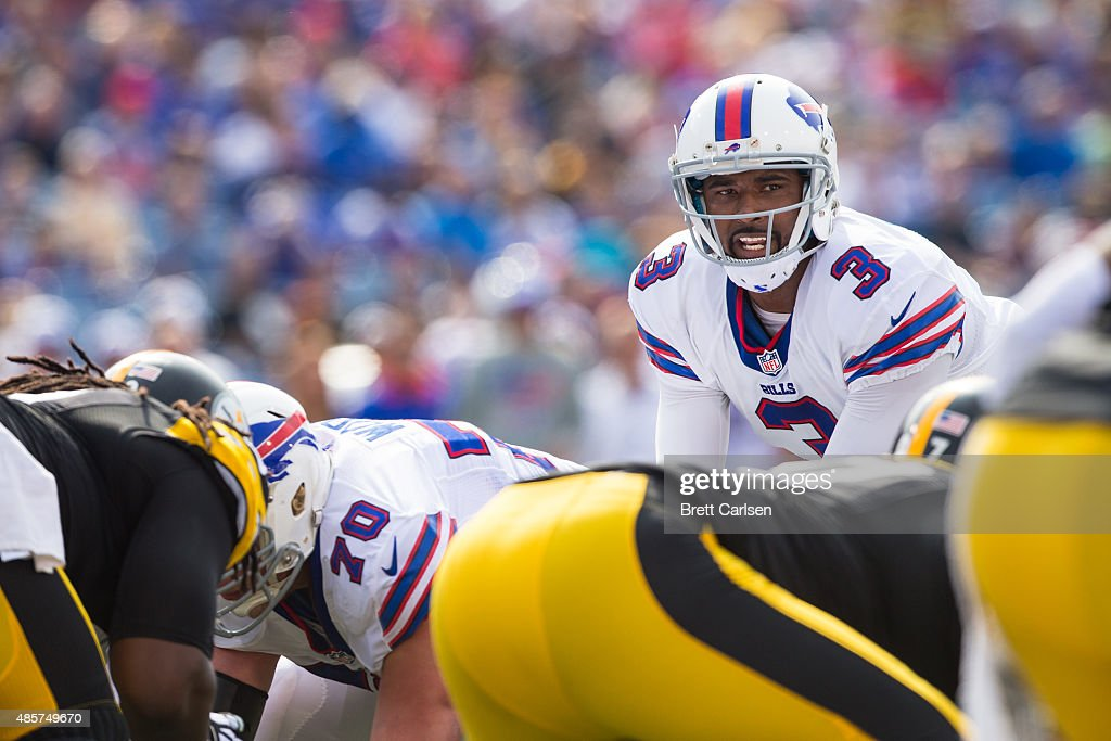 EJ Manuel #3 of the Buffalo Bills speaks to teammates during the first half against the Pittsburgh Steelers during a preseason game on August 29, 2015 at Ralph Wilson Stadium in Orchard Park, New York.