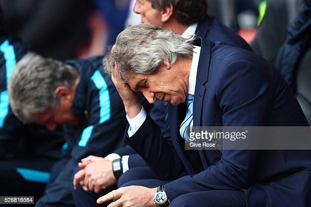 Manuel Pellegrini manager of Manchester City looks on during the Barclays Premier League match between Southampton and Manchester City at St Mary's...
