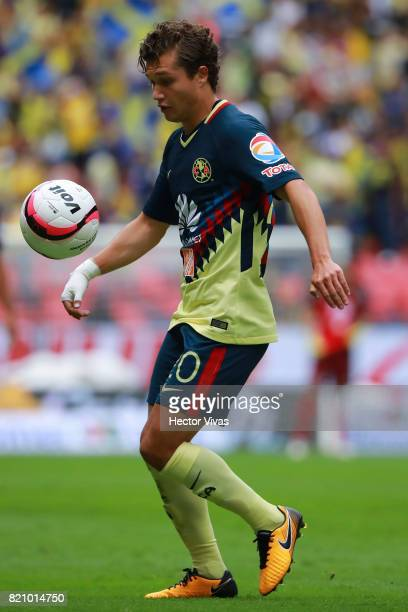 Manuel Perez of America drives the ball during the 1st round match between America and Queretaro as part of the Torneo Apertura 2017 Liga MX at...