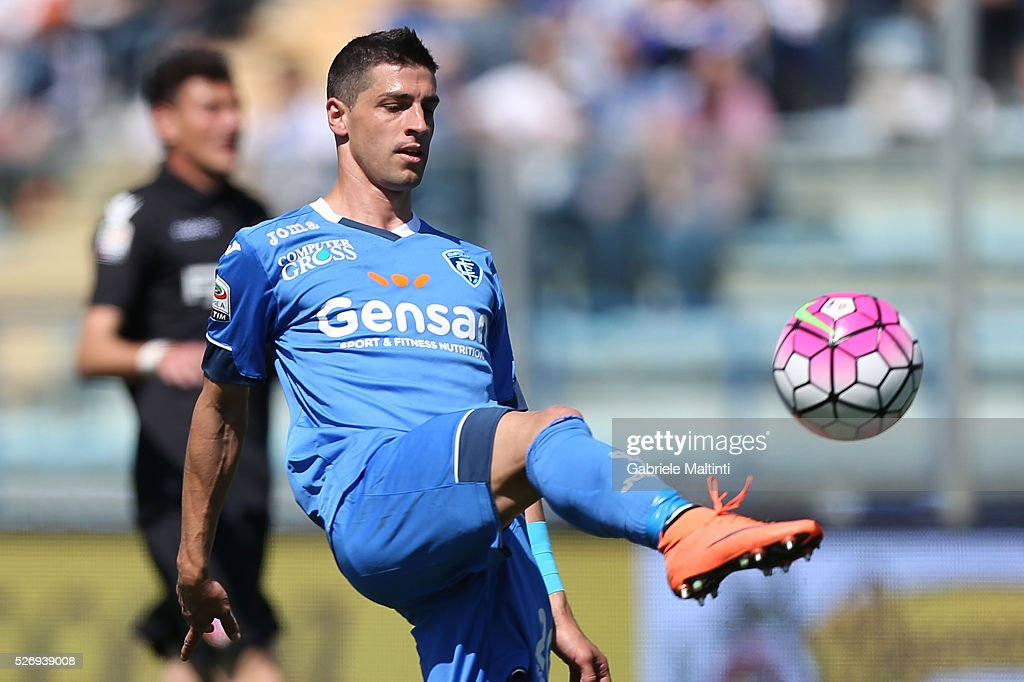 Manuel Pucciarelli of Empoli FC in action during the Serie A match between Empoli FC and Bologna FC at Stadio Carlo Castellani on May 1, 2016 in Empoli, Italy.