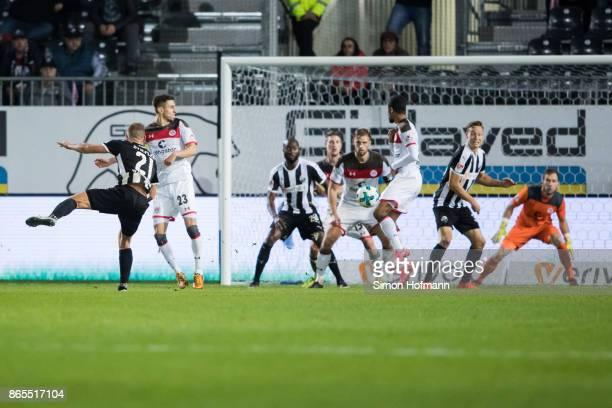 Manuel Stiefler of Sandhausen scores his team's first goal during the Second Bundesliga match between SV Sandhausen and FC St Pauli at BWTStadion am...