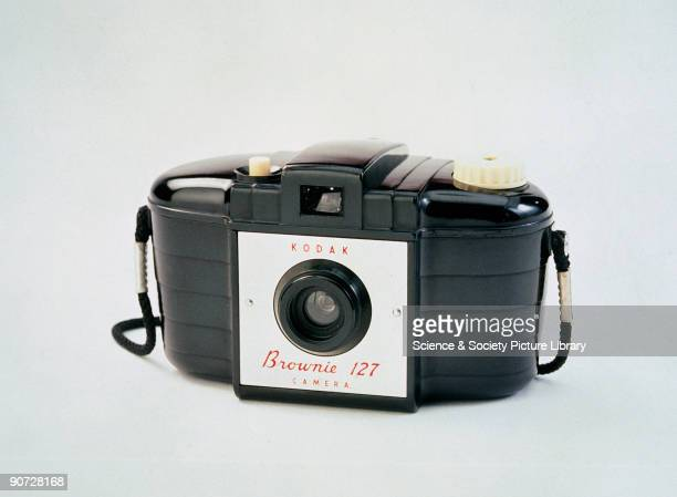 Manufactured by Kodak in the United Kingdom several million of the Brownie 127 were produced between 1952 and 1959 The camera featured an unusual...
