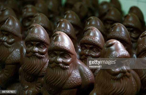 Many chocolate Santa Clauses