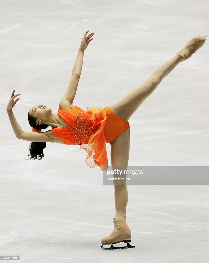 Mao Asada of Japan skates during the Grand Prix Of Figure Skating Final 2005/2006, Ladies at Yoyogi National Gymnasium on December 16, 2005 in Tokyo, Japan.