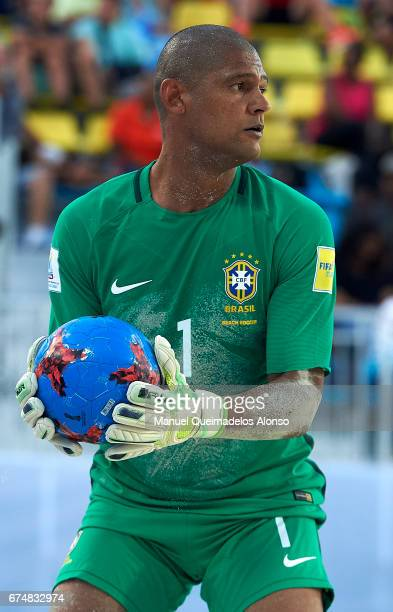 Mao of Brazil in action during the FIFA Beach Soccer World Cup Bahamas 2017 group D match between Brazil and Tahiti at Bahamas Beach Stadium on April...