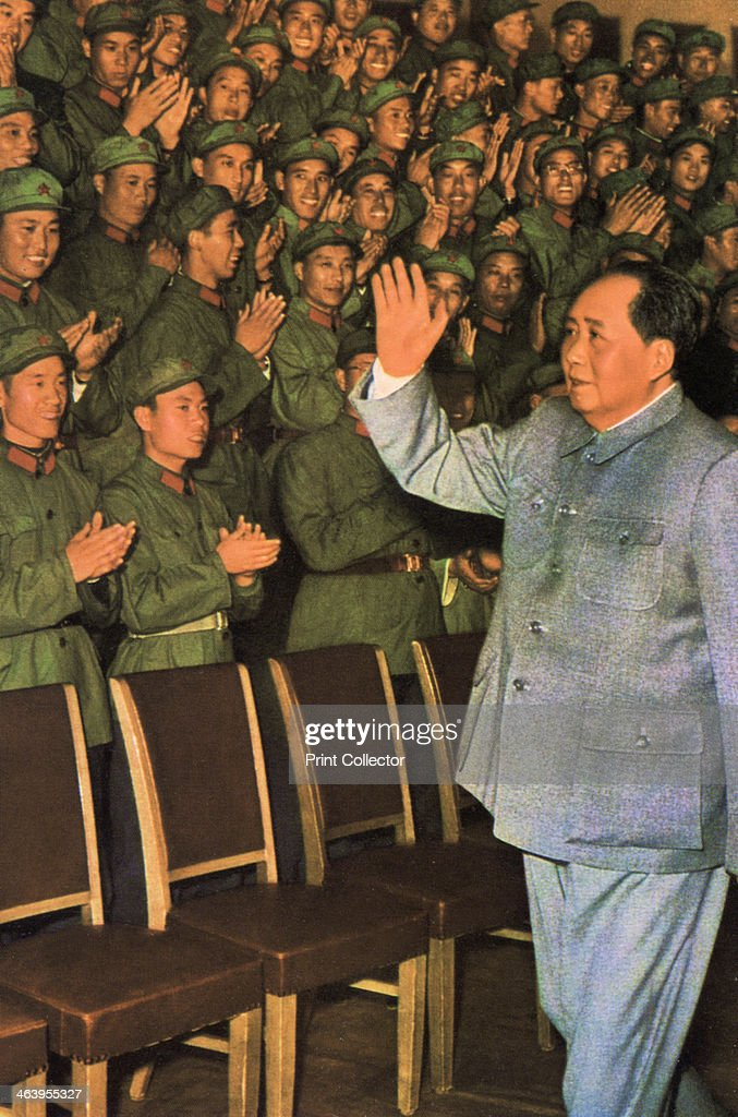 Mao Zedong Chinese Communist revolutionary and leader c1960sc1970s Mao acknoledging the applause of a group of People's Liberation Army soldiers The...