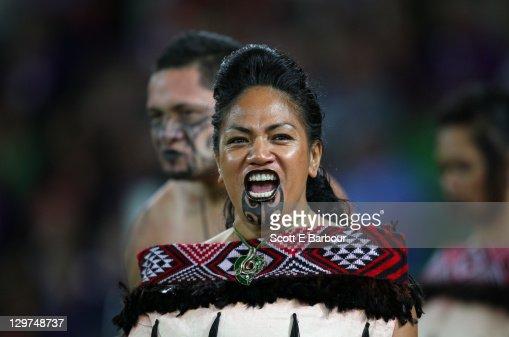 Women In Maori Culture: Maori Woman Wearing Traditional Clothing Stock Photo