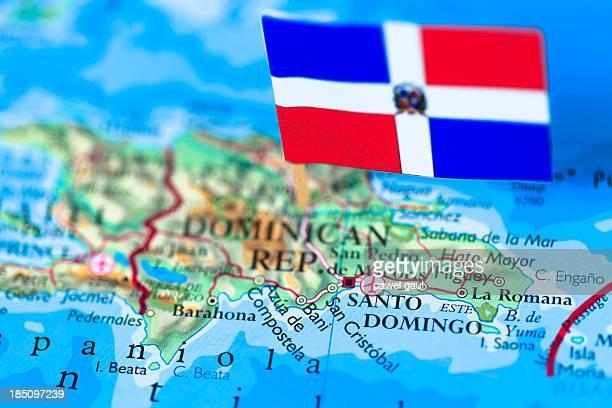 Bandera y mapa de la República Dominicana