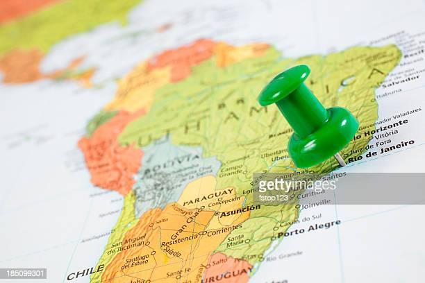 Mapa da América do Sul com pushpin no Rio de Janeiro, Brasil