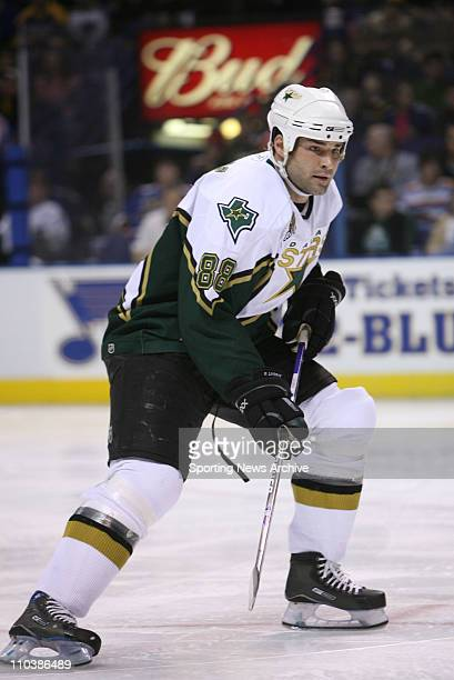 Mar 09 2007 St Louis MO USA Dallas Stars ERIC LINDROS against St Louis Blues at the Scottrade Center in St Louis Mo on March 6 2007 The Blues beat...