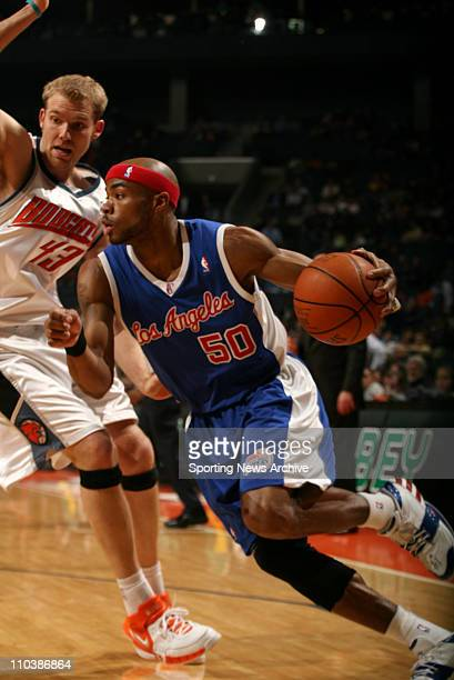 Mar 16 2007 Charlotte NC USA Los Angeles Clippers COREY MAGGETTE against Charlotte Bobcats JAKE VOSKUHL on March 16 at the Charlotte Bobcats Arena in...