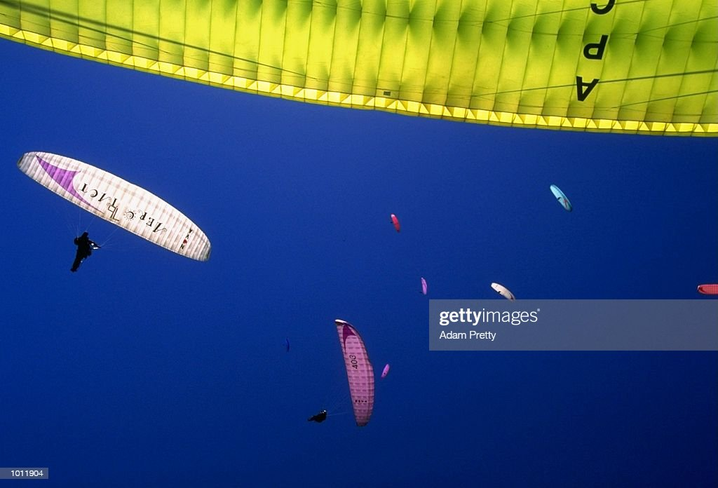 Aerial action from the Australian Open Paragliding Championships at Borah Ridge, New South Wales, Australia. \ Mandatory Credit: Adam Pretty /Allsport