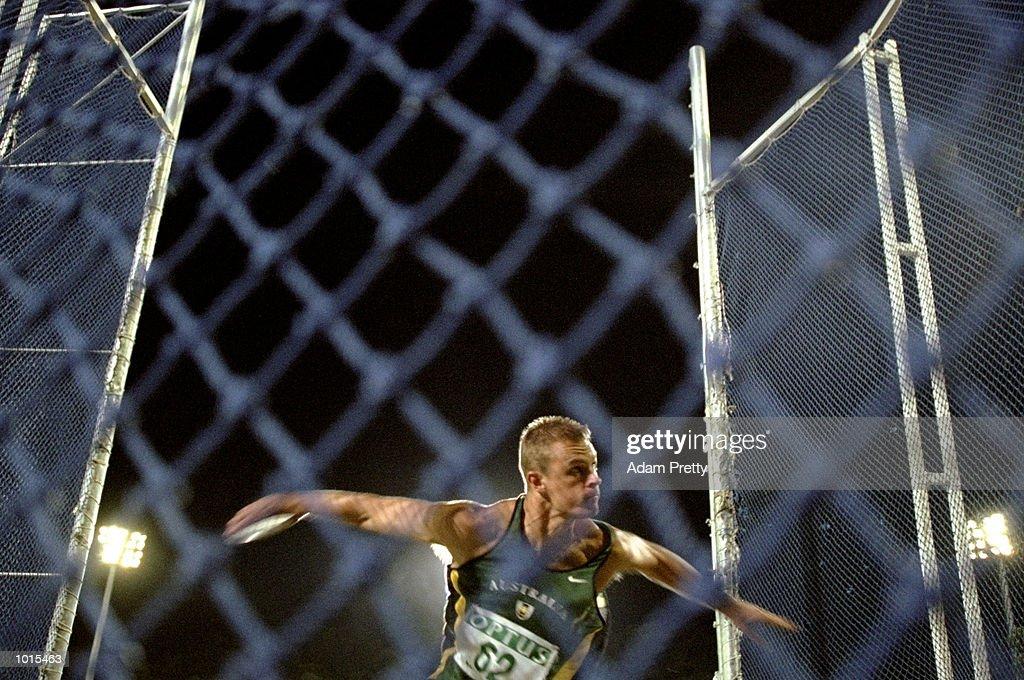 Peter Elvy of Australia in action during the Mens Discus at the Optus Athletics Grand Prix Final in Brisbane, Australia. \ Mandatory Credit: Adam Pretty /Allsport