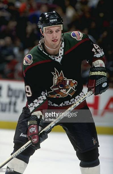 mar-1999-shane-doan-of-the-phoenix-coyot